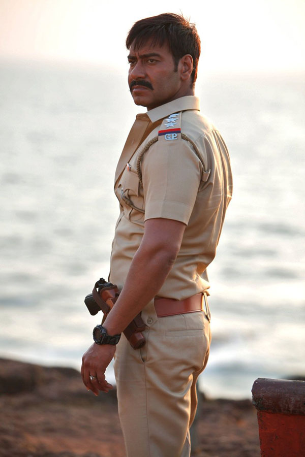 11jun AD singham05 Temperatures soar this Summer as Ajay Devgn plays 'Singham'