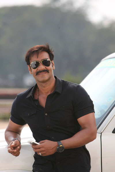 11jun AD singham10 Temperatures soar this Summer as Ajay Devgn plays 'Singham'