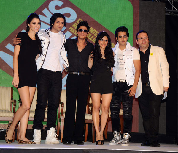 11jun SRKpromotingAKK01 Producer Shah Rukh Khan worked to Promote Always Kabhi Kabhi
