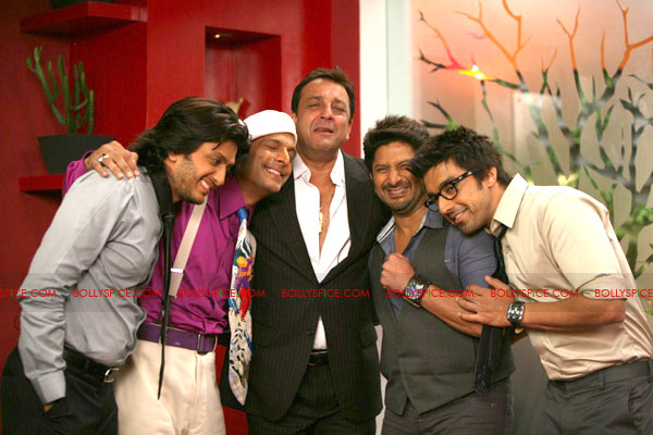 11jun doubledhamaalreunite01 Four Jokers Reunite For A Healthy Dose Of 'Double Dhamaal'!