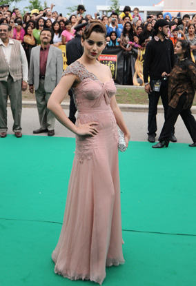 11jun whwn iifa day1n2 01 Whos Hot Whos Not – IIFA Awards, Day 1 and 2