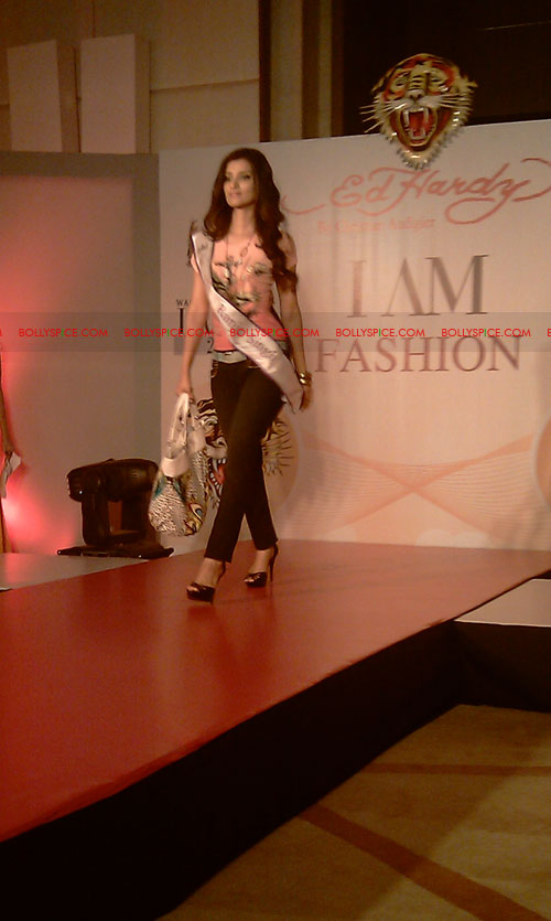11jul IAmShe Fashion06 BollySpice at I Am She fashion event