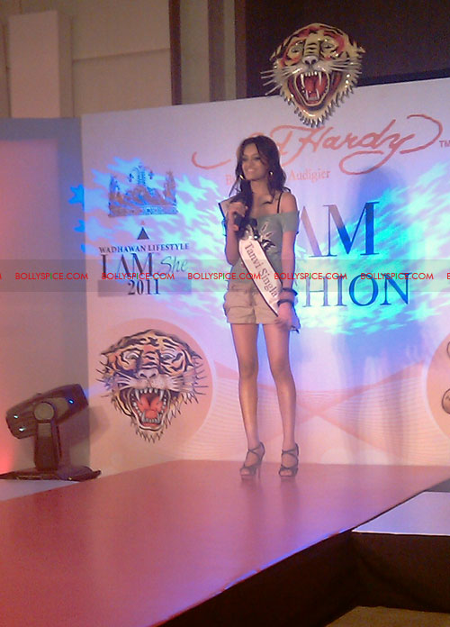 11jul IAmShe Fashion18 BollySpice at I Am She fashion event