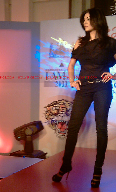 11jul IAmShe Fashion38 BollySpice at I Am She fashion event