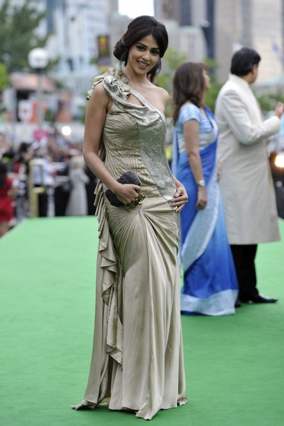 11jul whwniifaawards02 Whos Hot Whos Not   IIFA Awards – Green carpet and Awards ceremony