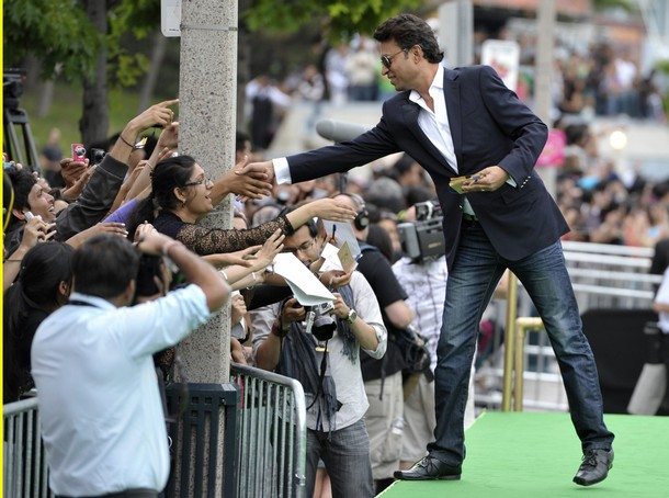 11jul whwniifaawards07 Whos Hot Whos Not   IIFA Awards – Green carpet and Awards ceremony