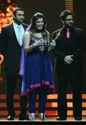 11jul whwniifaawards24 Whos Hot Whos Not   IIFA Awards – Green carpet and Awards ceremony