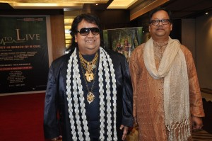Bappi lahiri with producer Amrit das 1 25 300x199 Bappi Lahiri talks MC Hammer and Will to Live