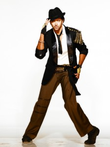 Star Hrithik Day 2 220924 225x300 Hrithik Roshan wins hearts on 'Just Dance'