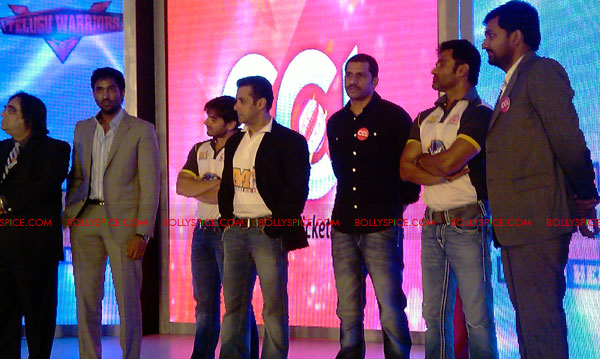 11aug CCL salman12 Salman at Celebrity Cricket League launch