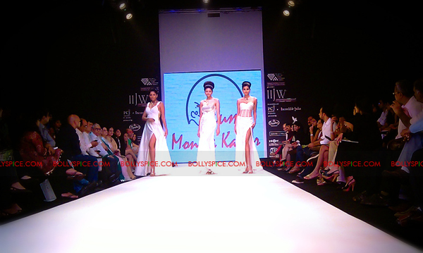 11aug IIJWkapur37 Bolly and Telly Stars Walk the ramp at IIJW