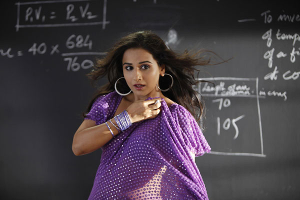 11aug TDP stills01 The Dirty Picture Theatrical Trailer and More!