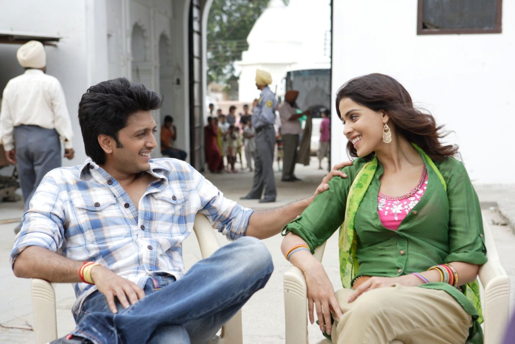 11aug TNPH prodstills02 Preview: Riteish and Genelias Tere Naal Love Ho Gaya!