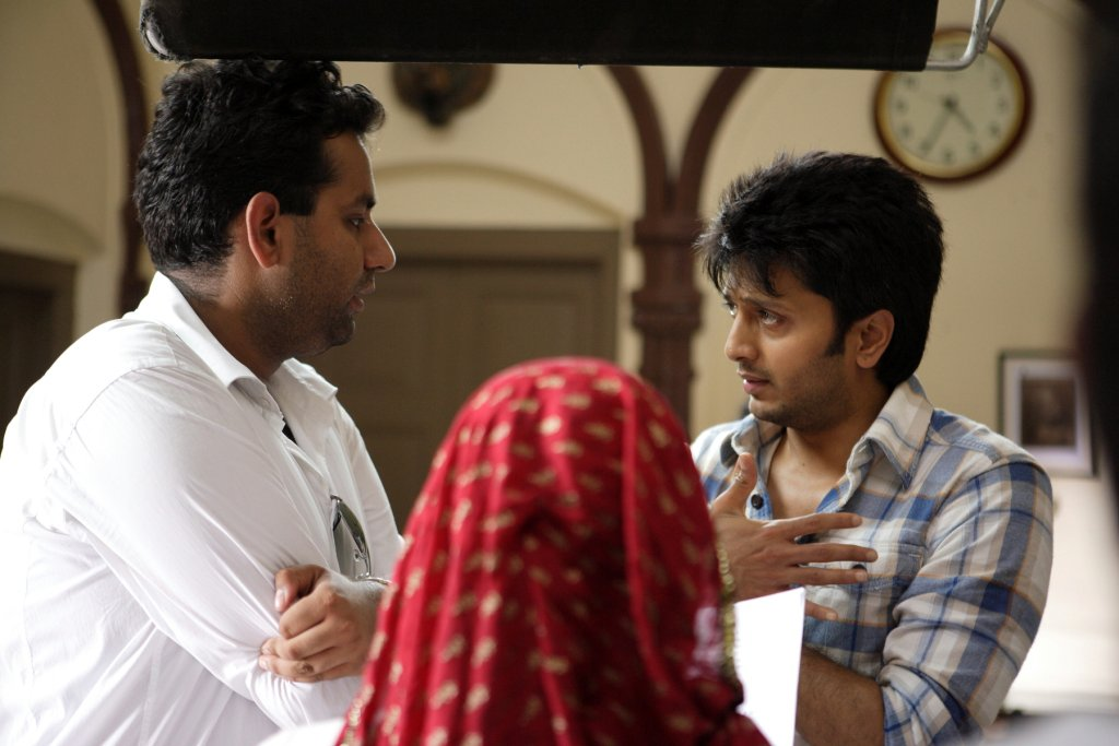 11aug TNPH prodstills05 Preview: Riteish and Genelias Tere Naal Love Ho Gaya!