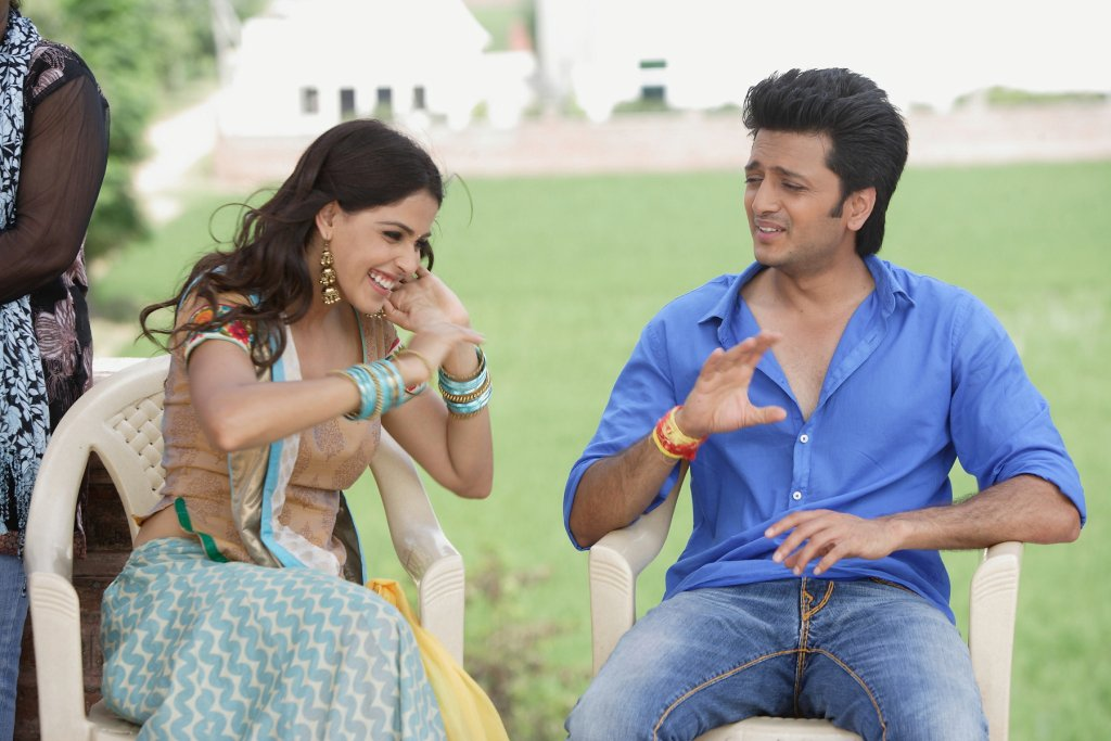 11aug TNPH prodstills06 Preview: Riteish and Genelias Tere Naal Love Ho Gaya!