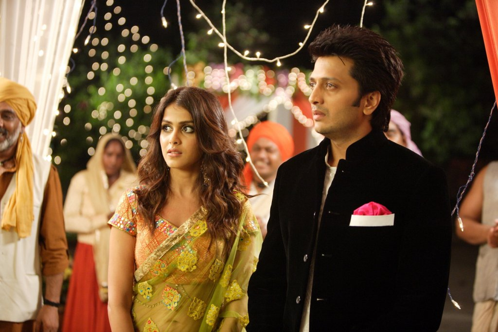 11aug TNPH prodstills13 Preview: Riteish and Genelias Tere Naal Love Ho Gaya!