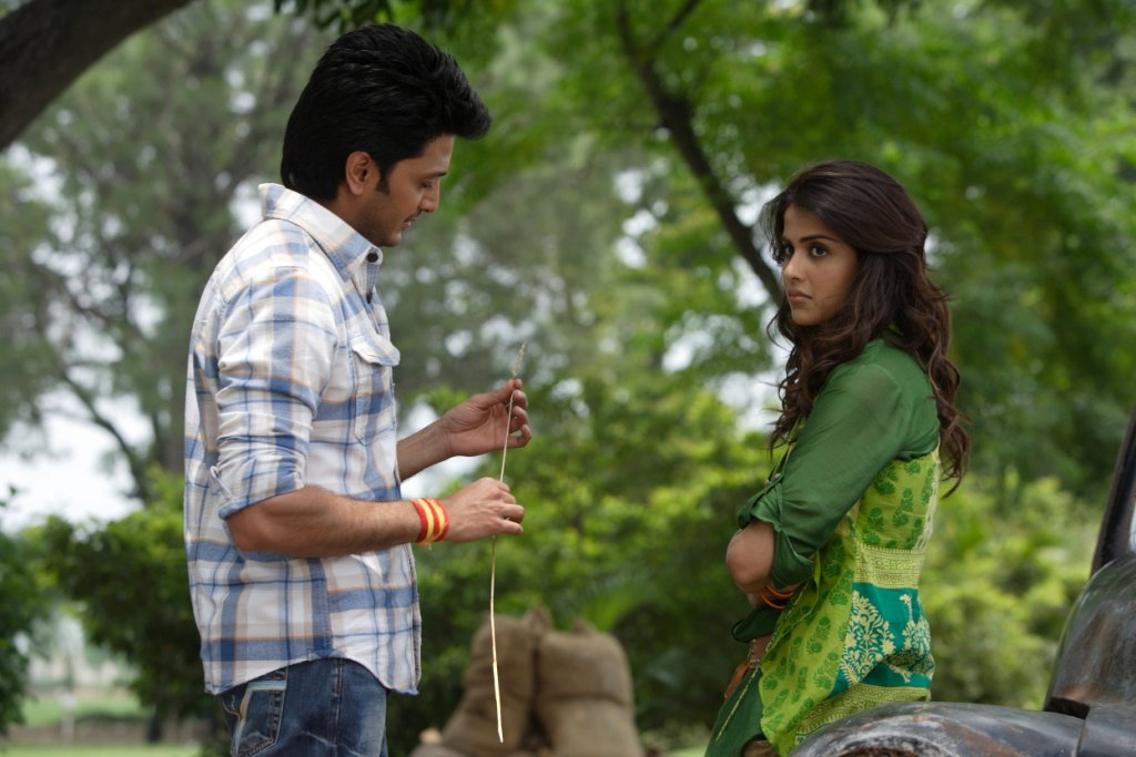 11aug TNPH prodstills14 Preview: Riteish and Genelias Tere Naal Love Ho Gaya!