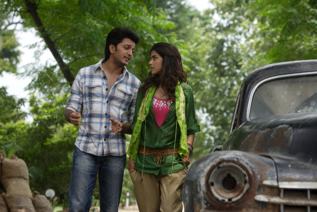 11aug TNPH prodstills25 Preview: Riteish and Genelias Tere Naal Love Ho Gaya!