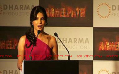 11aug agneepathtrailerlaunch06 Exclusive: BollySpice at Agneepath Trailer Launch