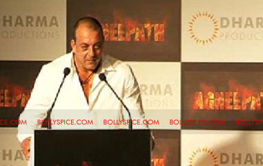 11aug agneepathtrailerlaunch07 Exclusive: BollySpice at Agneepath Trailer Launch