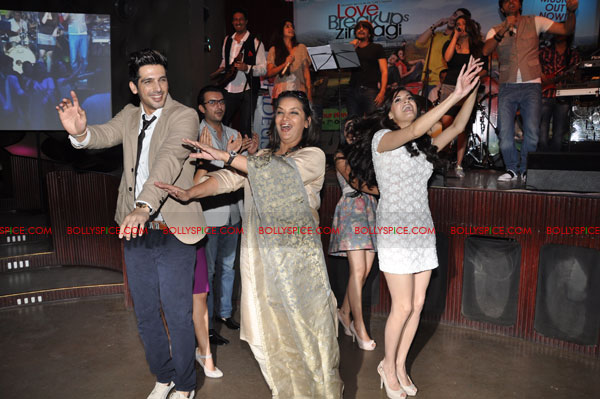 11sep LBZmusiclaunch08 Music Launch of Love BreakUps Zindagi