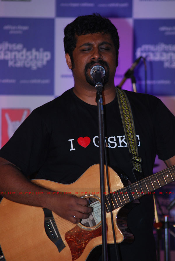 11sep MFKmusicrelease05 Mujhse Fraaandship Karoge launches music with Raghu Dixit Live Online Concert