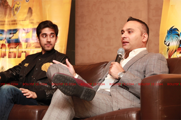11sep breakawaypress02 Special Report: Speedy Singhs Press Conference London!