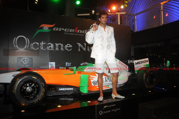 11sep forceindia fbar03 Force India Octane Nights hosted a Fashion Fiesta at F Bar