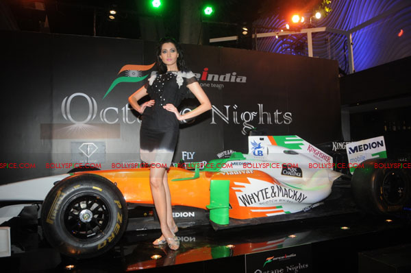 11sep forceindia fbar04 Force India Octane Nights hosted a Fashion Fiesta at F Bar