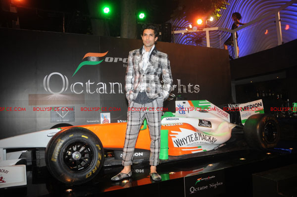 11sep forceindia fbar08 Force India Octane Nights hosted a Fashion Fiesta at F Bar