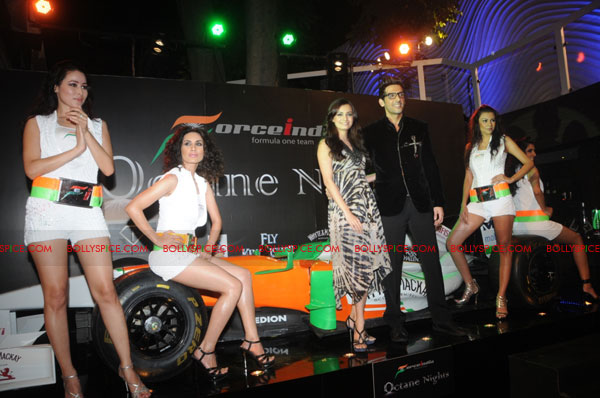 11sep forceindia fbar11 Force India Octane Nights hosted a Fashion Fiesta at F Bar