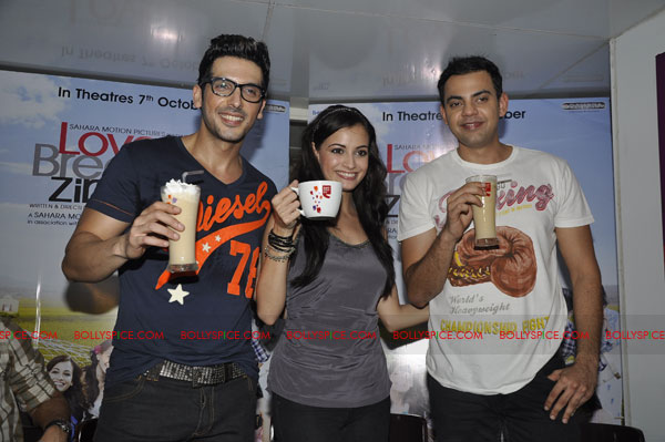 11sep lbz coffeeday06 Love BreakUps Zindagi & Cafe Coffee Day