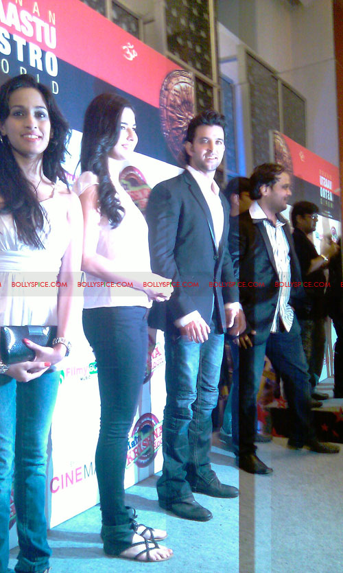 11sep mainhoonkrishna10 Hrithik and Katrina at Main Krishna Hoon Music Launch