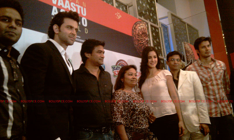 11sep mainhoonkrishna25 Hrithik and Katrina at Main Krishna Hoon Music Launch
