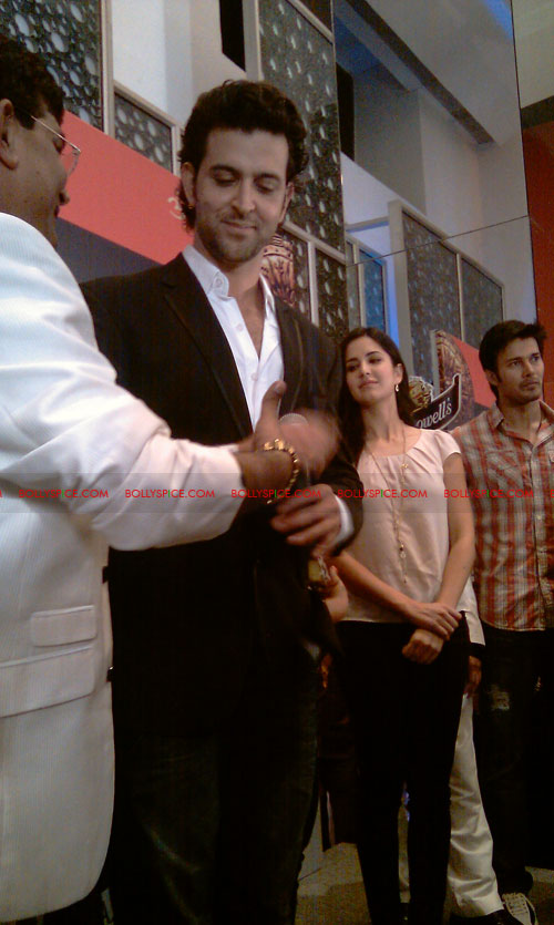 11sep mainhoonkrishna27 Hrithik and Katrina at Main Krishna Hoon Music Launch