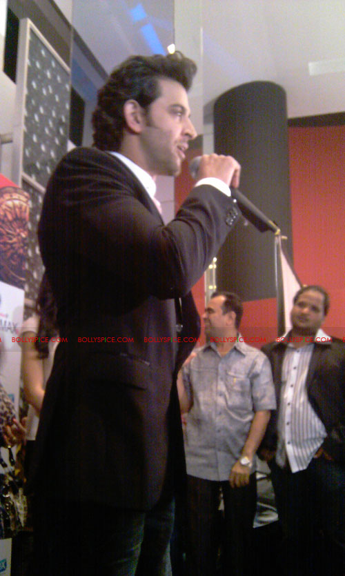 11sep mainhoonkrishna28 Hrithik and Katrina at Main Krishna Hoon Music Launch