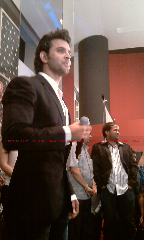 11sep mainhoonkrishna29 Hrithik and Katrina at Main Krishna Hoon Music Launch