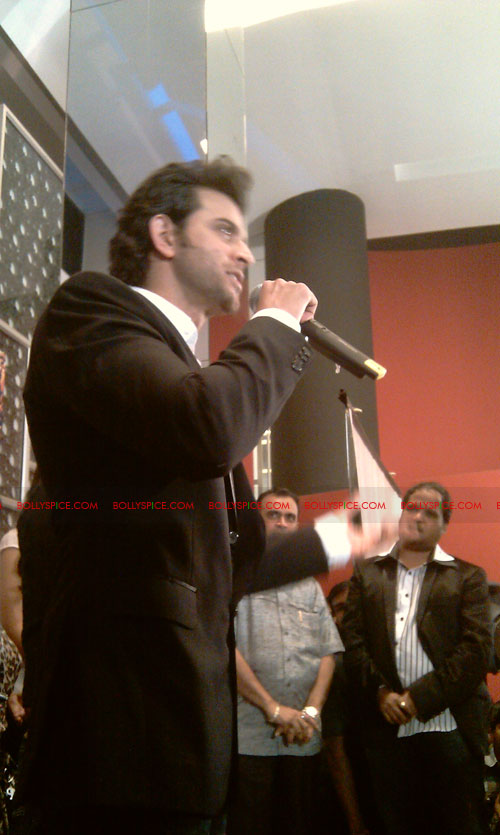 11sep mainhoonkrishna30 Hrithik and Katrina at Main Krishna Hoon Music Launch