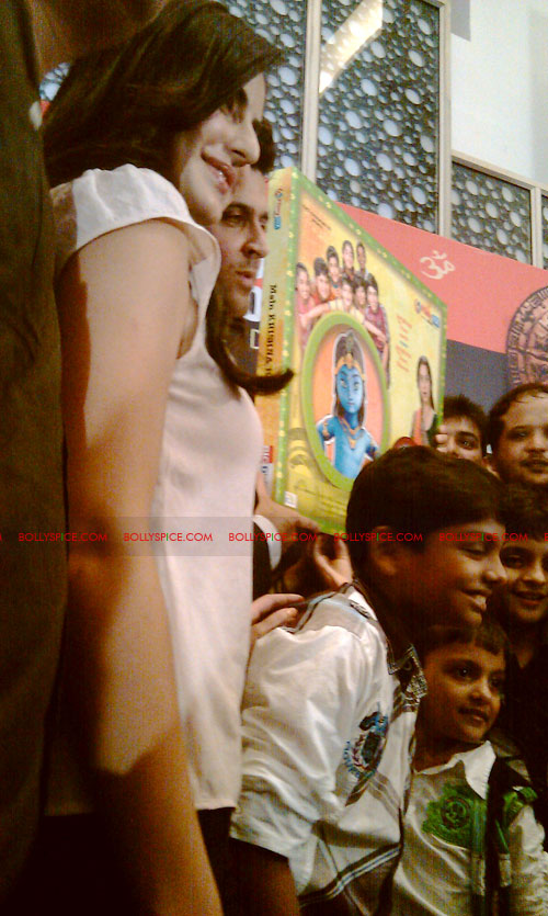 11sep mainhoonkrishna34 Hrithik and Katrina at Main Krishna Hoon Music Launch