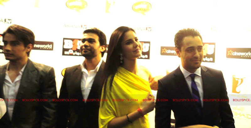 11sep mbkd ukpremier02 Exclusive: BollySpice at Mere Brother Ki Dulhan UK Premier
