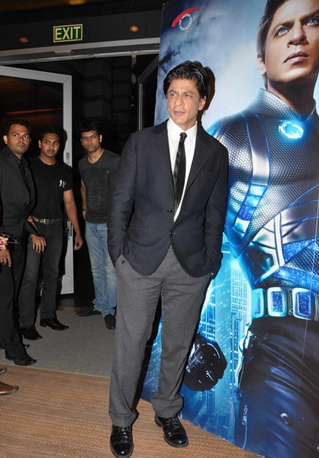 11sep ra1westernunion02 Shah Rukh Khan launches the 'Ra.One – Western Union' Global Campaign