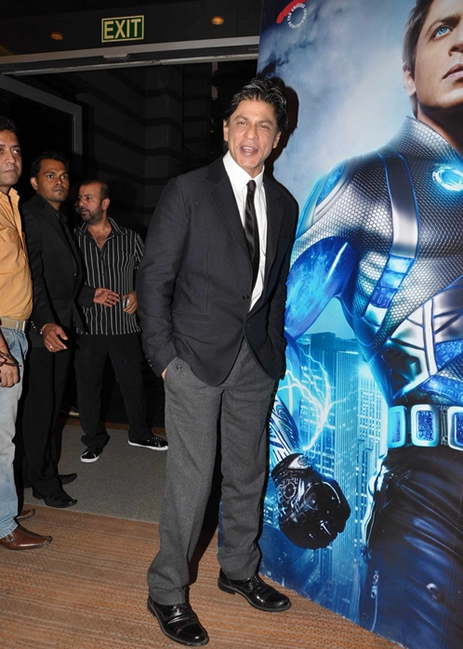 11sep ra1westernunion03 Shah Rukh Khan launches the 'Ra.One – Western Union' Global Campaign