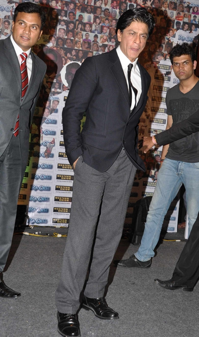 11sep ra1westernunion06 Shah Rukh Khan launches the 'Ra.One – Western Union' Global Campaign