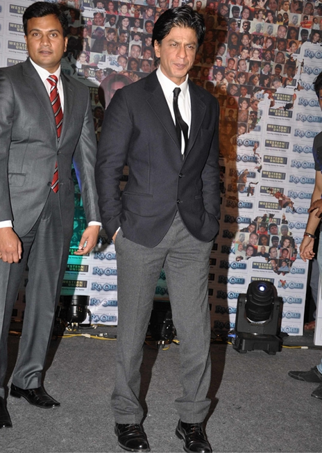 11sep ra1westernunion07 Shah Rukh Khan launches the 'Ra.One – Western Union' Global Campaign