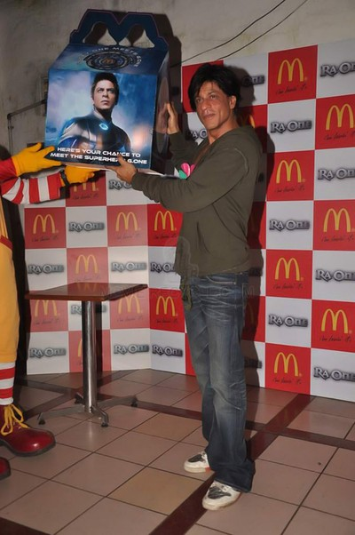 11sep raon mcdonalds12 Get Ready for the Ra.One Happy Meal at McDonalds