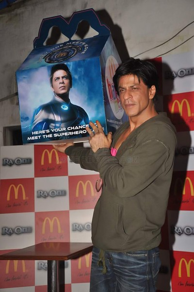 11sep raon mcdonalds13 Get Ready for the Ra.One Happy Meal at McDonalds