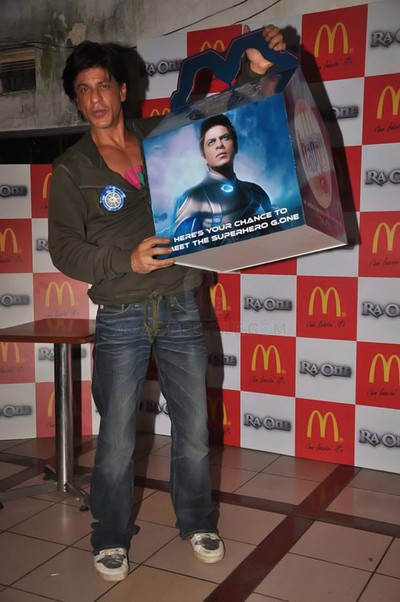 11sep raon mcdonalds14 Get Ready for the Ra.One Happy Meal at McDonalds