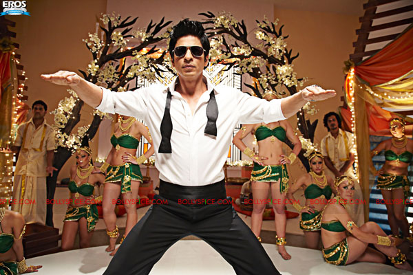 11sep raone official stills03 More images from Ra.One!