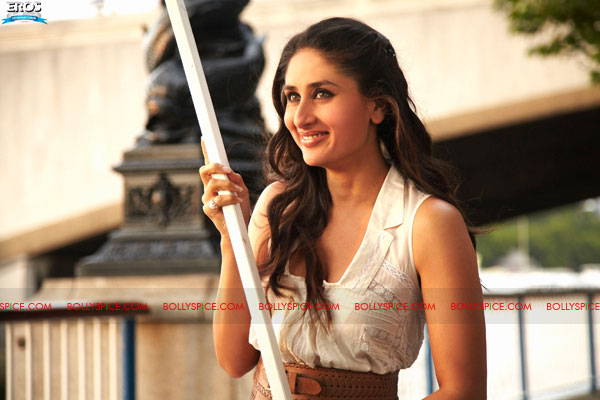 11sep raone official stills12 More images from Ra.One!