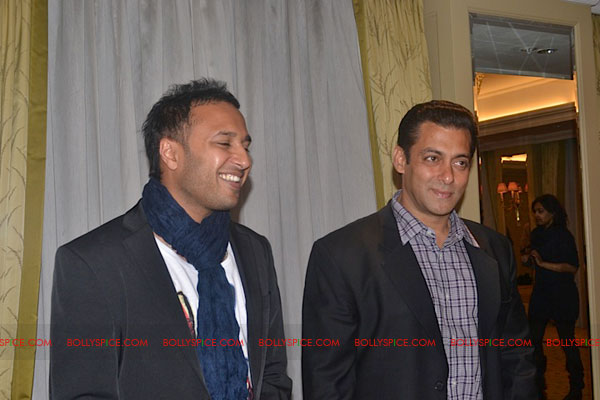 11sep salman uk pressconf18 Salman Khans London Press Conference Exclusive Report!